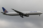 Boeing 767-424/ER (N67052)