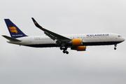 Boeing 767-319/ER  (TF-ISO)