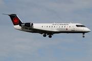 Canadair CL-600-2B19 Regional Jet CRJ-200ER (C-FIJA)