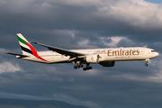 Boeing 777-31H/ER (A6-EQK)