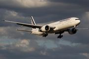 Boeing 777-328/ER (F-GSQX)