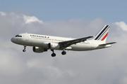 Airbus A320-214 (F-HBNE)