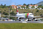 Airbus A320-214/WL  (CS-TNT)