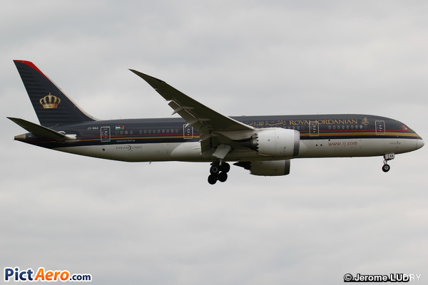 Boeing 787-8 Dreamliner (Royal Jordanian)