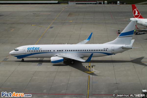 Boeing 737-8CX/WL (Enter Air)