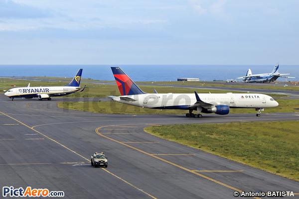 Boeing 757-251/WL (Delta Air Lines)