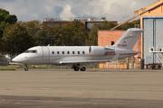 Canadair CL-600-2B16 Challenger 605 (TC-CLH)