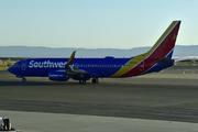Boeing 737-8H4/WL