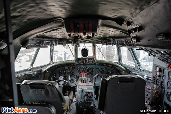 Lockheed L-1049G Super Constellation (Privé)