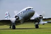Douglas DC-3 C (NC-33611)