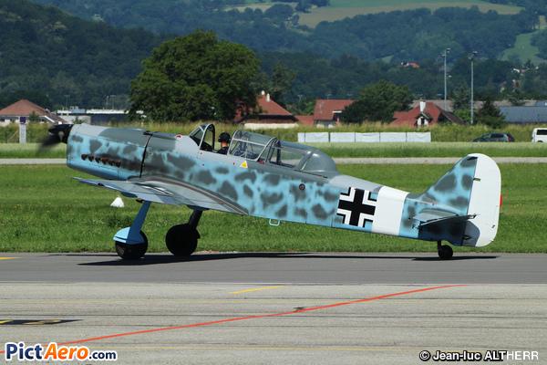 Pilatus P2-05 (Bourret Jacques)