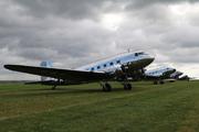 Douglas DC-3A-S1C3G (N18121)