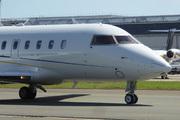 Canadair CL-600-2B16 Challenger 604 (G-RNFR)