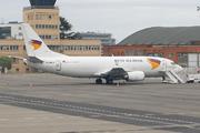 Boeing 737-3Y0SF (G-JMCM)