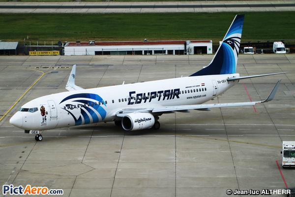 Boeing 737-866  (EgyptAir)