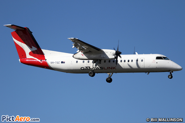 De Havilland Canada DHC-8-315Q Dash 8 (Eastern Australia Airlines)