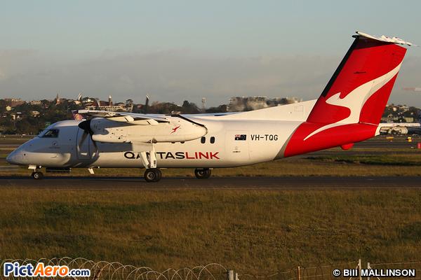 De Havilland Canada DHC-8-201Q (Eastern Australia Airlines)