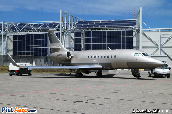 Dassault Falcon 2000S (Global Jet Concept. Luxembourg)