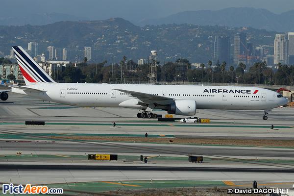Boeing 777-328/ER (Air France)