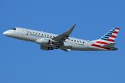 Embraer ERJ170-200LR (N206NN)