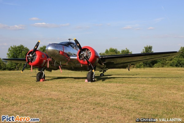 Lockheed 12A Electra Junior (LE GROS BIPLAN ROUGE SARL )