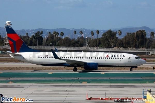 Boeing 737-832 (Delta Air Lines)