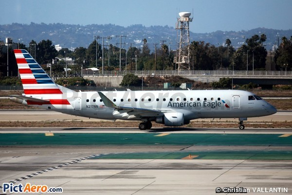 Embraer ERJ-175LR (American Airlines)