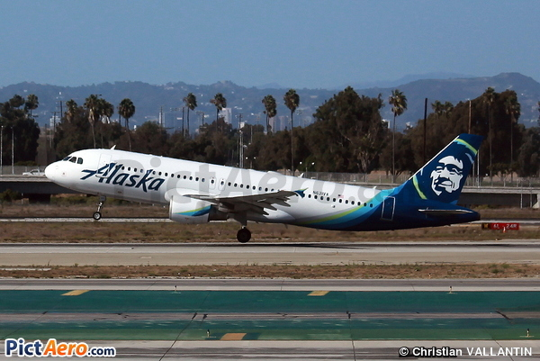 Airbus A320-214 (Alaska Airlines)
