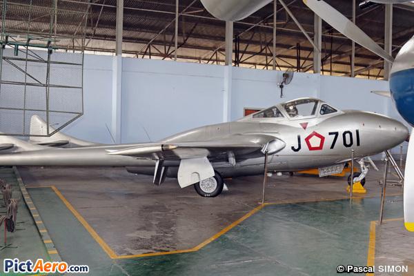 De Havilland DH-115 Vampire T.11 (Indonesia - Air Force)