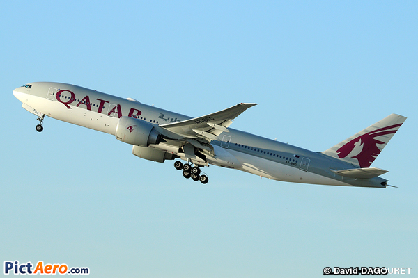 Boeing 777-2DZ/LR (Qatar Airways)