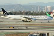 Boeing 777-381/ER (JA731A)