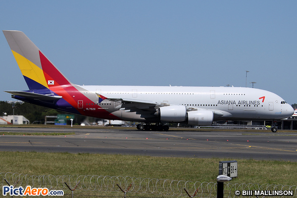 Airbus A380-841 (Asiana Airlines)