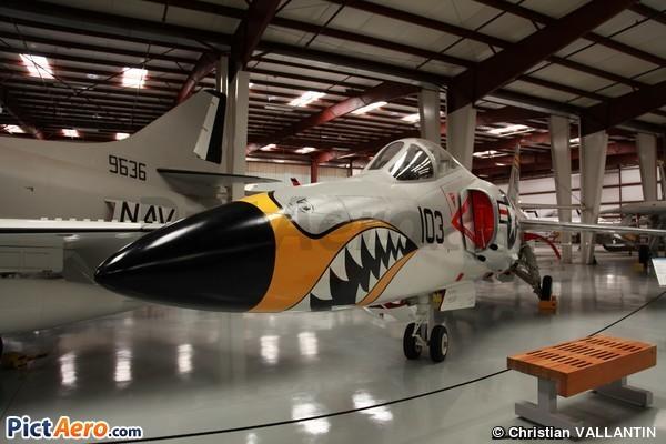 Grumman F11-F-1 Tiger (Yanks Air Museum)