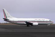 Boeing 737-33A (XC-UJB)