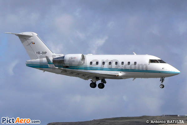 Canadair CL-600-2B16 Challenger 604 (Eurojet Romania)
