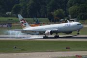 Boeing 767-306/ER (I-NDOF)