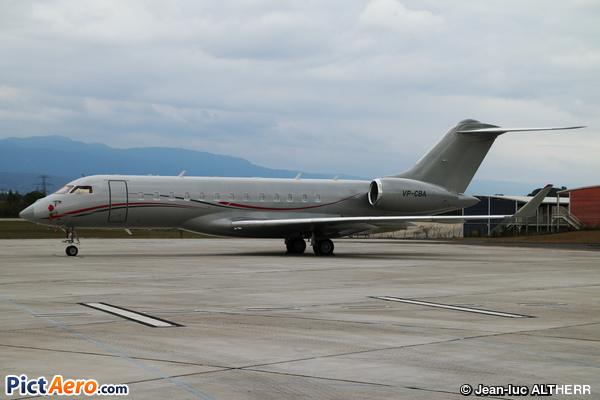 Bombardier BD-700-1A10 Global 6000 (Privé / Private)