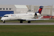 Canadair CL-600-2C10 Regional Jet CRJ-701ER  (N340CA)