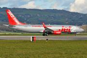 Boeing 737-8K5/WL (G-DRTE)