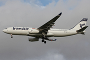 Airbus A330-243 (EP-IJB)
