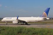 Boeing 757-224 (N12125)