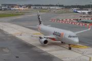 Airbus A320-232/WL (9V-JSQ)