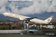 Boeing 777-3FX/ER (A6-ETL)