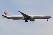 Boeing 777-39L/ER (B-2031)