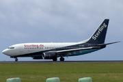 Boeing 737-7L9