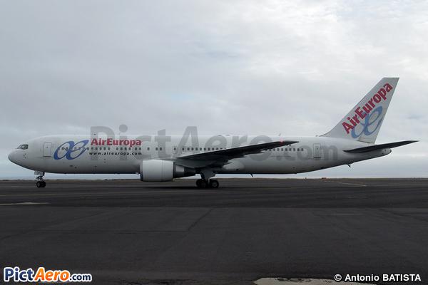Boeing 767-3Q8/ER (Air Europa)