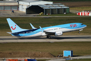 Boeing 737-8K5/WL (G-TAWK)