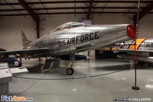 North American F-100C Super Sabre (Yanks Air Museum)