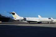 Bombardier BD-700 1A10 Global Express XRS (G-DMAZ)