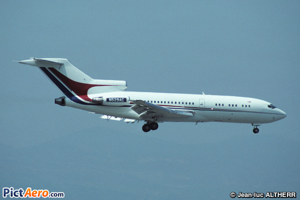 Boeing 727-17 (Amway Corporation)